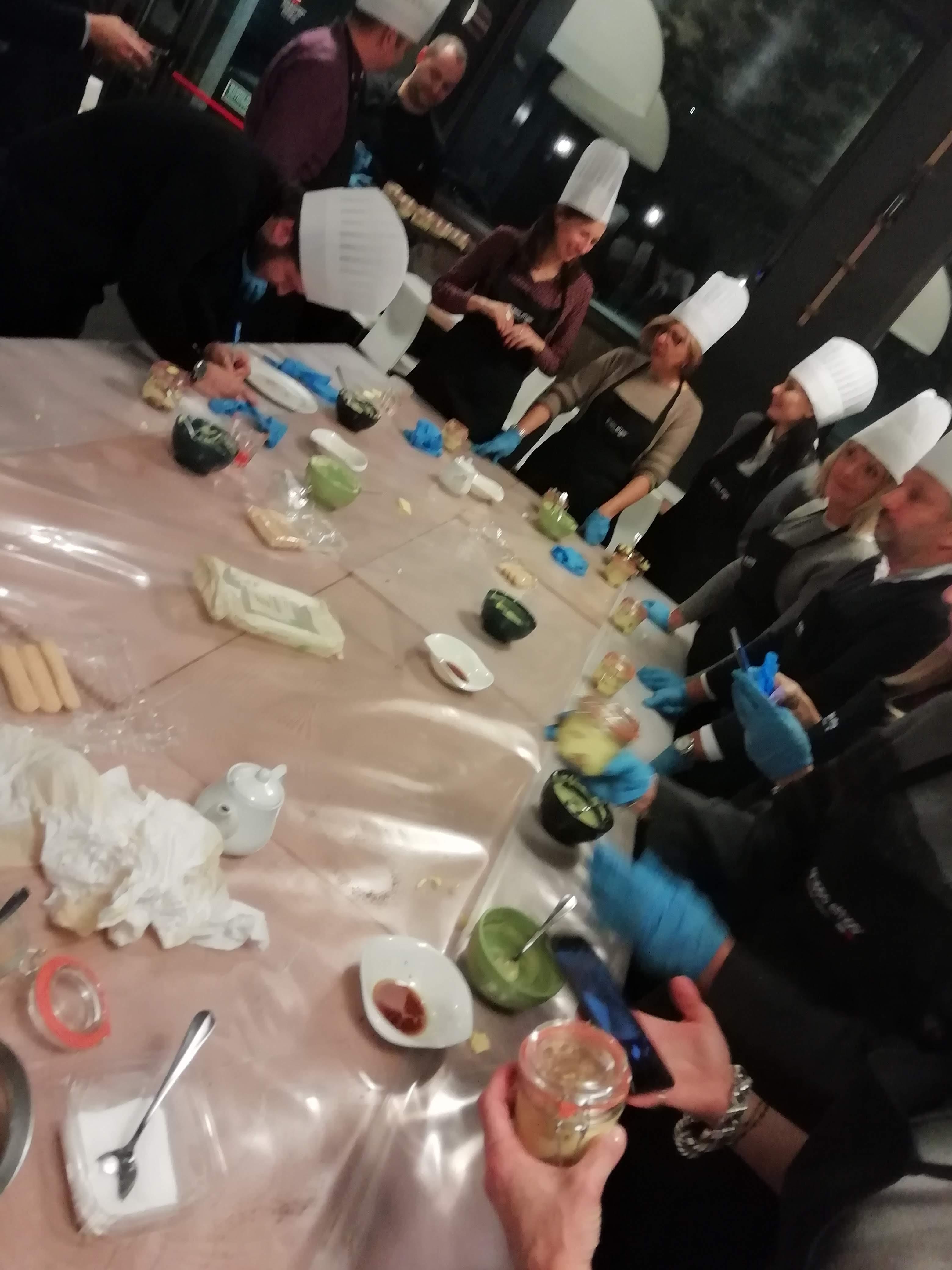 Team building aziendale Loro Piana a Grani e Braci - Cook, eat and Learn